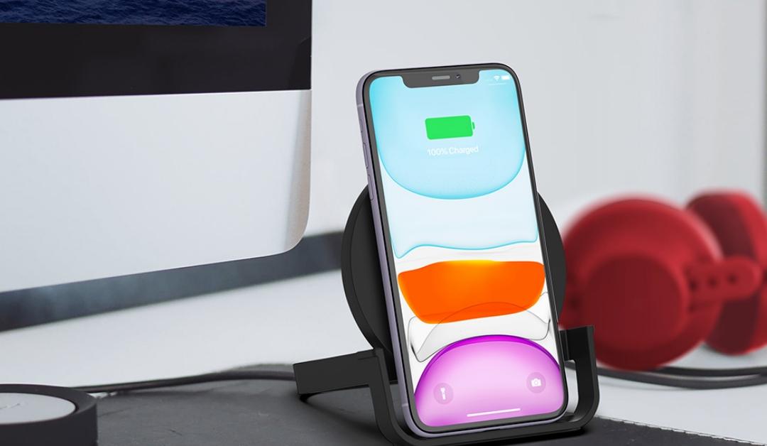 Czy można ładować iPhone'a ładowarką od iPada lub MacBooka?